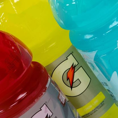 Beverages: Gatorade 20 oz